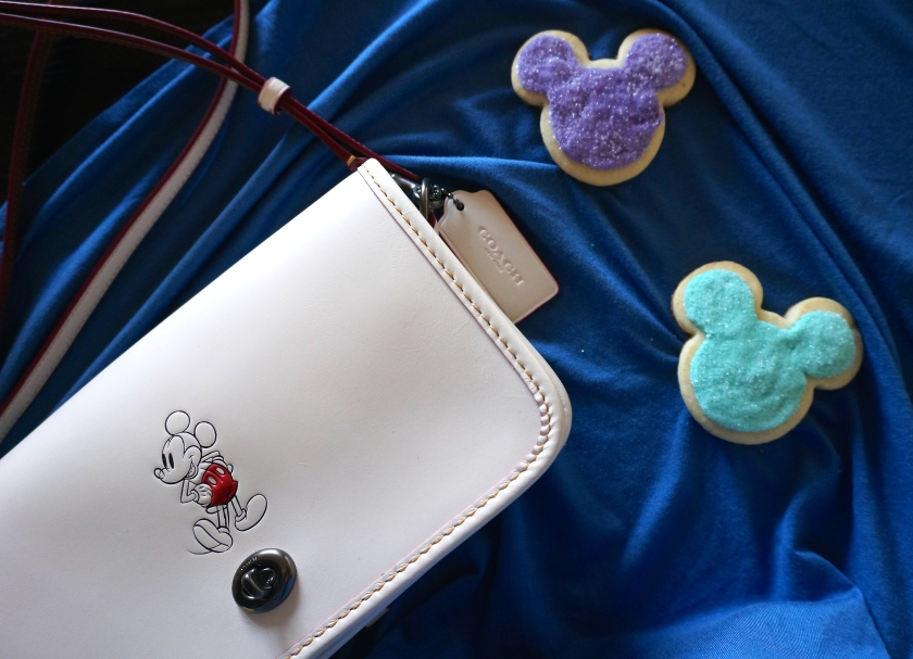 mickey mouse disney style coach sugar cookie disney eats food