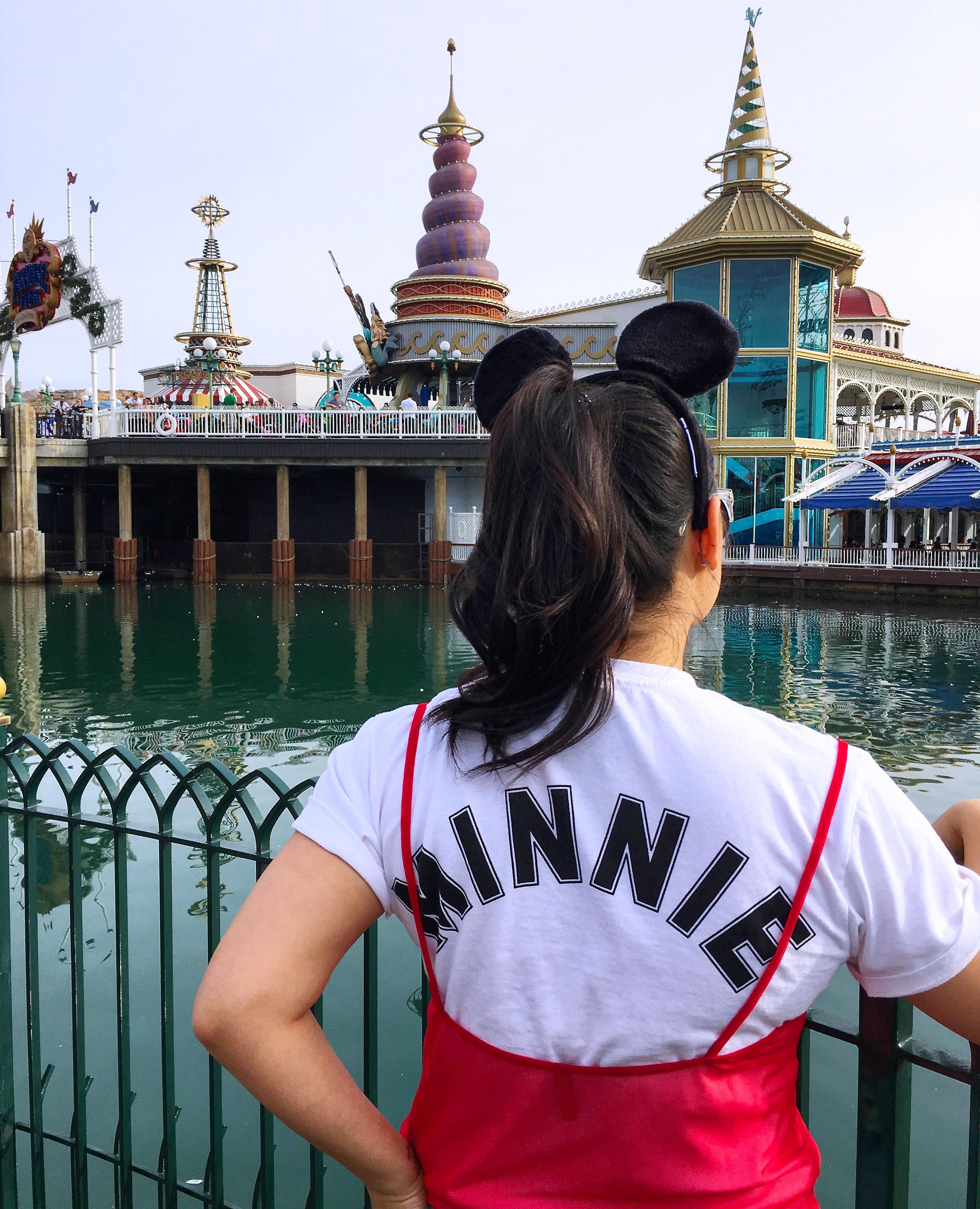 california adventure paradise pier minnie style mickey mouse disney style