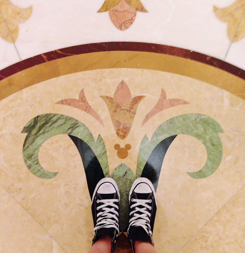 Hong Kong Disneyland Hotel Hidden Mickey Shoefie